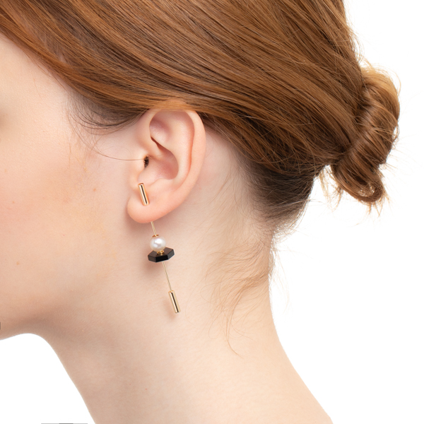 【NEW】Spear Earring with Akoya Pearl & Onyx IN75KME / CT20GCC / CT18GPC new 新作 片耳 ピアス インダストリア オニキス アコヤ アコヤパール パール 槍 天然石 ロングピン