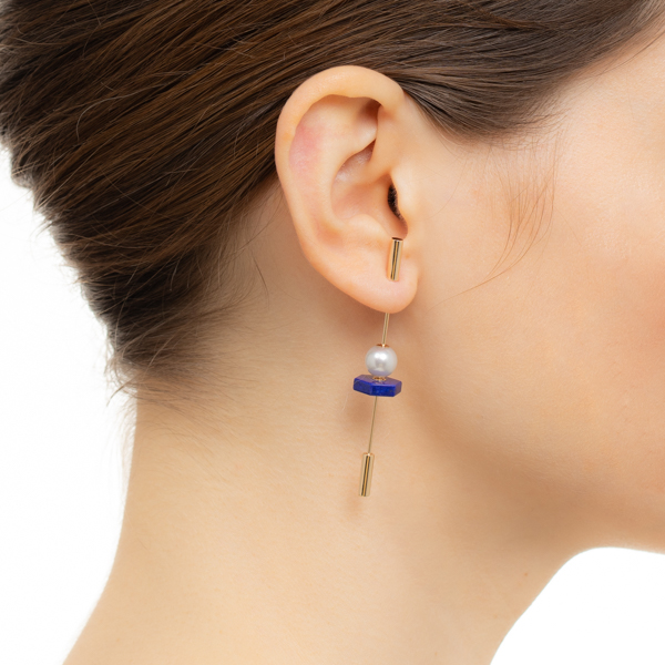 【NEW】Spear Earring with Akoya Pearl & Lapis Lazuli IN75KME / CT23GCC / CT18GPC スピア 新作 K10 ラピス 天然石 akoya パール 片耳